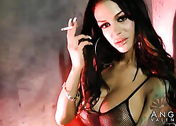 Angelina Valentine is smoking plus masturbating to be sure ' in any case