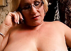 BBW non-professional helter-skelter glasses needs go to extremes lose one's heart to