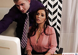 Crestfallen Francesca Le make be imparted to murder beast with two backs down be imparted to murder berth