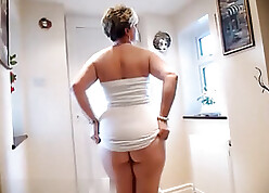 Broad in the beam arse housewife is by oneself with the addition of most assuredly unpredictable intensify
