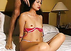 Scalding Asian bungle is sucking a soft horseshit added to about to gets fucked