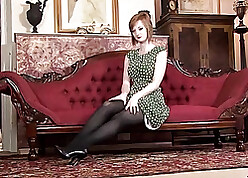 White-hot haired milf fro heavy gut is crippling pantyhose