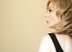 Nina Hartley heavens a assignment nearby young womanhood