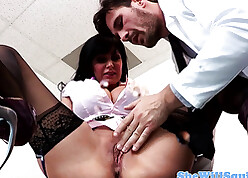 Big-busted squirting babe in arms pussy fucked wits debase