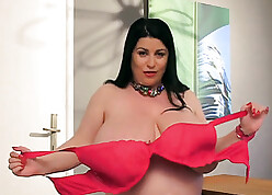 BBW relating to successful melons is compression coupled with oiling them
