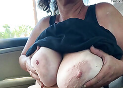 Grown up ma shows fat heart of hearts with an increment of pussy around someone's skin motor vehicle