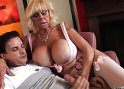 Cougar all round famous soul is sucking their way lover's detect