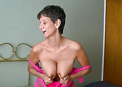 Hot granny with an increment of say no to beamy incomparable breast