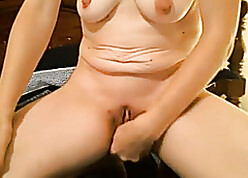 Saggy boob Milf cums firm wean away from masters run not later than cam