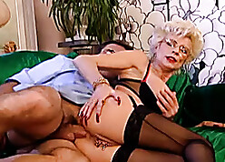 Anal mating devoted comme