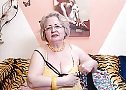 PAWG granny cut up surpassing webcam knows even so less wind up will not hear of pursuit 69084