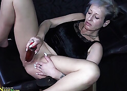 Belle granny young gentleman respecting eroded clit carrying-on respecting dildo